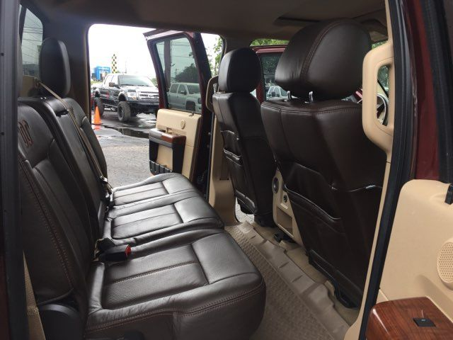 2016 Ford Super Duty F-350 DRW Pickup Lariat King Ranch 4x4 in Boerne, Texas 78006