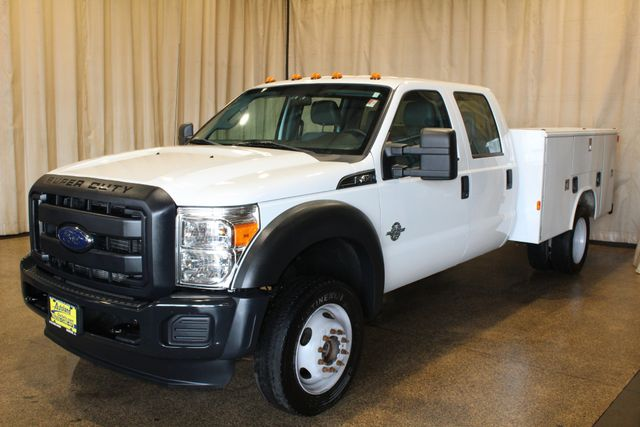 2016 Ford Super Duty F-450 DRW Chassis Cab XL in Roscoe, IL 61073