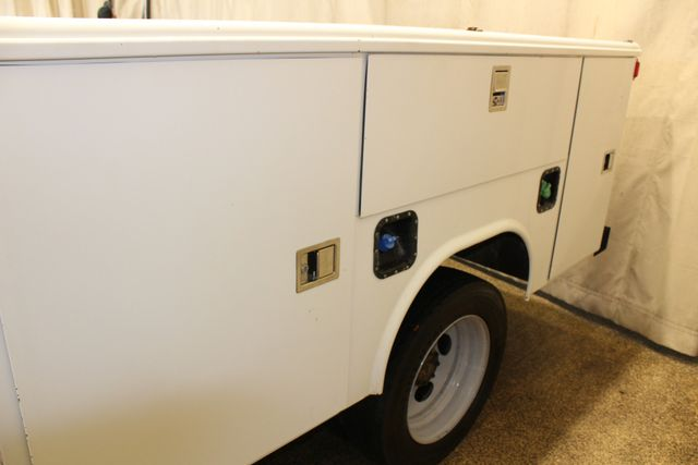 2016 Ford Super Duty F-450 DRW Chassis Cab XL in Roscoe IL, 61073
