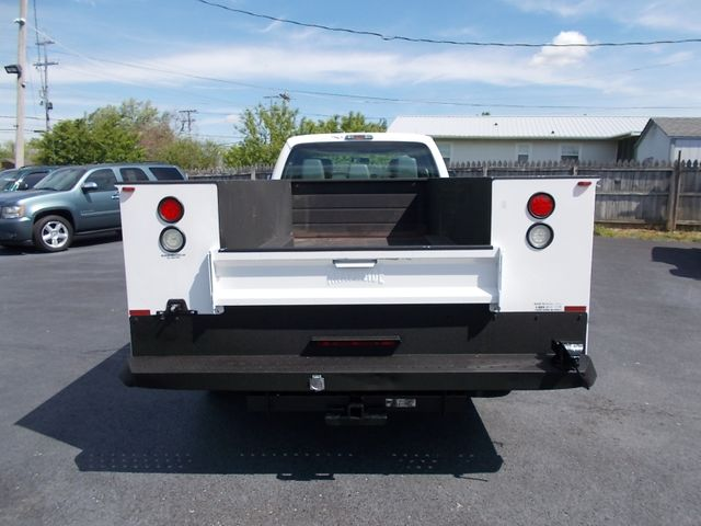 2016 Ford Super Duty F-450 DRW Chassis Cab XL Shelbyville, TN 13
