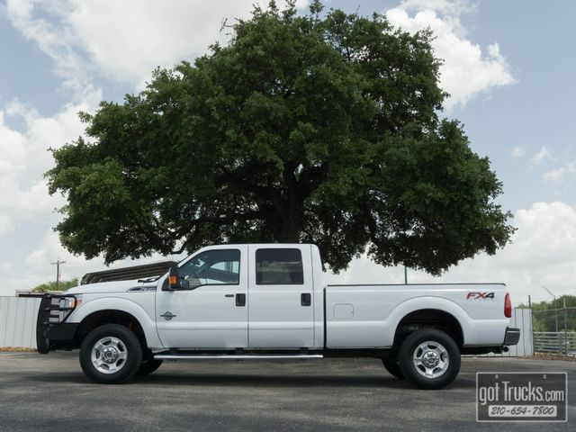 2016 Ford Super Duty F350 Crew Cab XLT FX4 6.7L Power Stroke Diesel 4X4