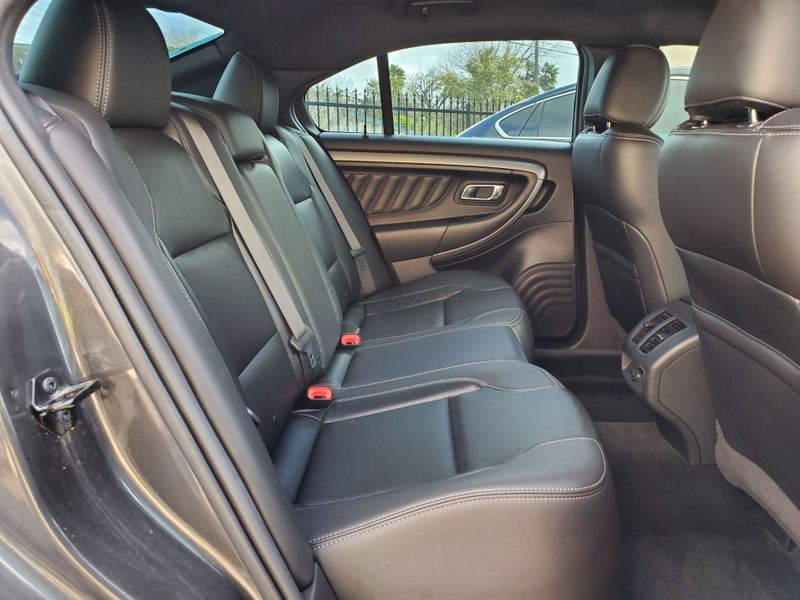 2016 Ford Taurus SEL  Brownsville TX  English Motors  in Brownsville, TX