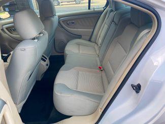 2016 Ford Taurus SEL Farmington, MN 6