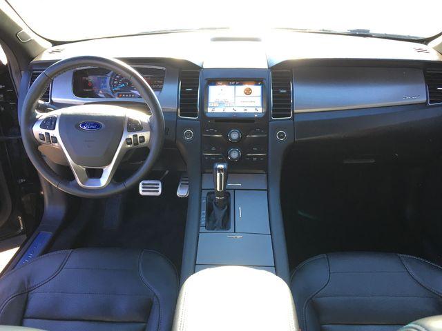 2016 Ford Taurus SHO in Gower Missouri, 64454