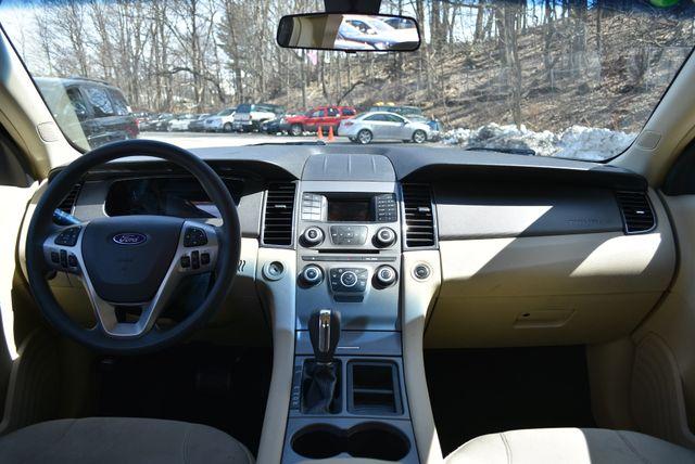 2016 Ford Taurus SE Naugatuck, Connecticut 10