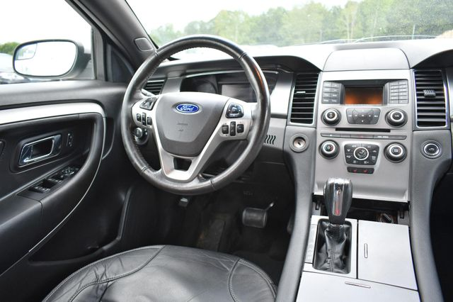 2016 Ford Taurus SEL Naugatuck, Connecticut 15