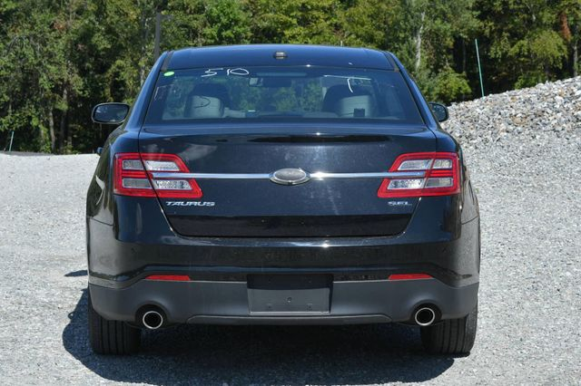 2016 Ford Taurus SEL Naugatuck, Connecticut 3