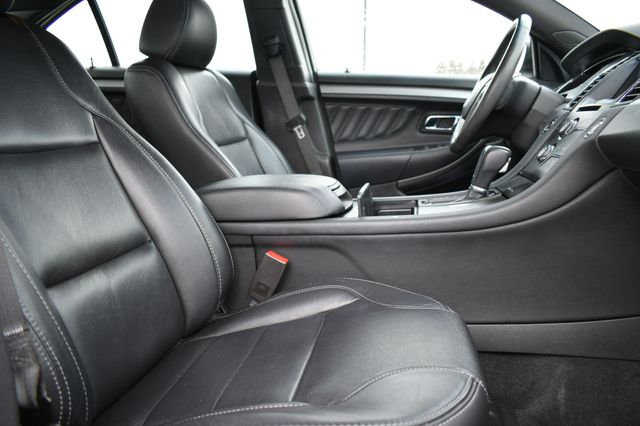2016 Ford Taurus SEL Naugatuck, Connecticut 11