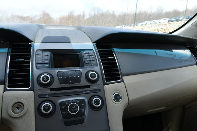 2016 Ford Taurus SE Naugatuck, Connecticut 15
