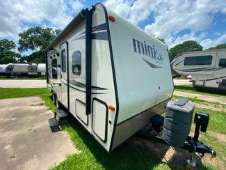 2016 Forest River ROCKWOOD MINI-LITE in Katy, TX 77494