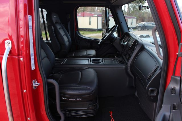 2016 Freightliner M2 106 - SportChassis RHA SportChassis OFFSHORE Edition CONROE, TX 28