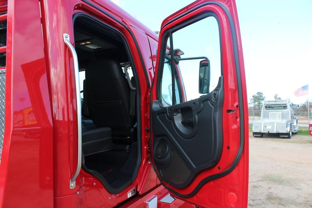 2016 Freightliner M2 106 - SportChassis RHA SportChassis OFFSHORE Edition CONROE, TX 30