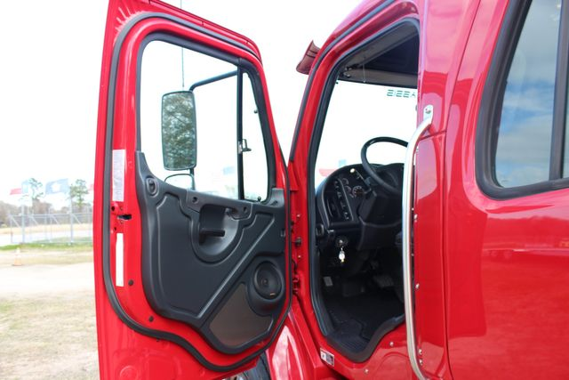 2016 Freightliner M2 106 - SportChassis RHA SportChassis OFFSHORE Edition CONROE, TX 38