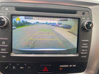 2016 GMC Acadia SLE Farmington, MN 9