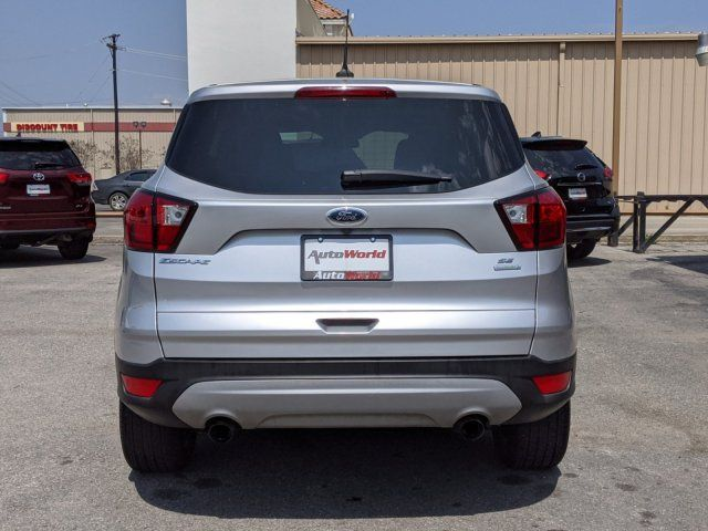 2016 GMC Canyon 2WD SLE in Marble Falls, TX 78654