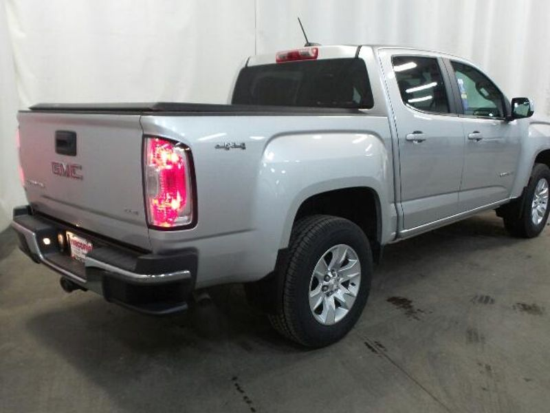 2016 GMC Canyon 4WD SLE  in Victoria, MN