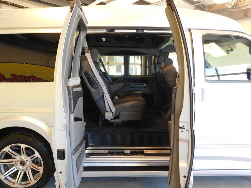 2016 GMC Savana Conversion Van Explorer Limited SE G2500  city TN  Doug Justus Auto Center Inc  in Airport Motor Mile ( Metro Knoxville ), TN