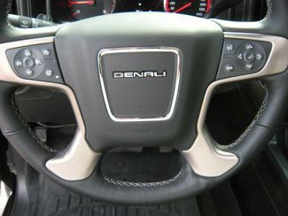2016 GMC Sierra 2500 Denali Chesterfield, Missouri 17
