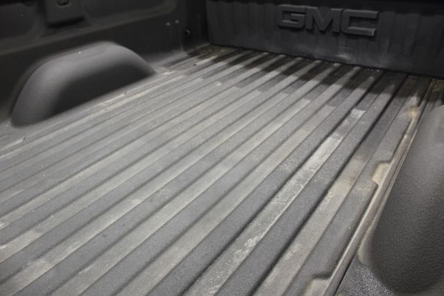 2016 GMC Sierra 2500HD Diesel 4x4 SLT in Roscoe, IL 61073