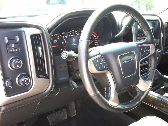 2016 GMC Sierra 2500HD Denali Boerne, Texas 18