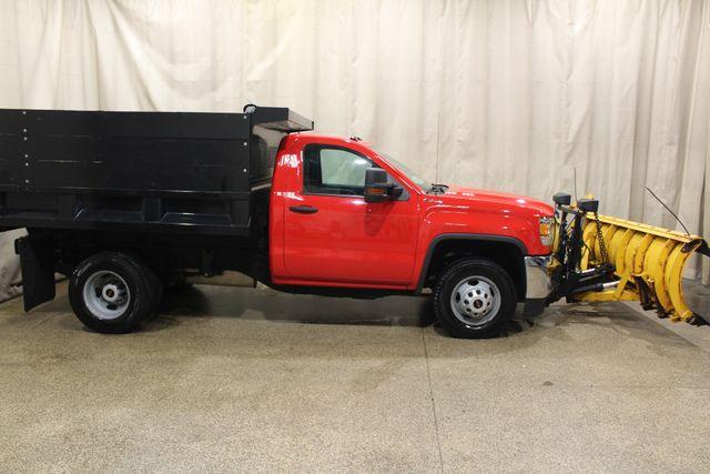 2016 GMC Sierra 3500HD dump 4x4 in Roscoe IL, 61073