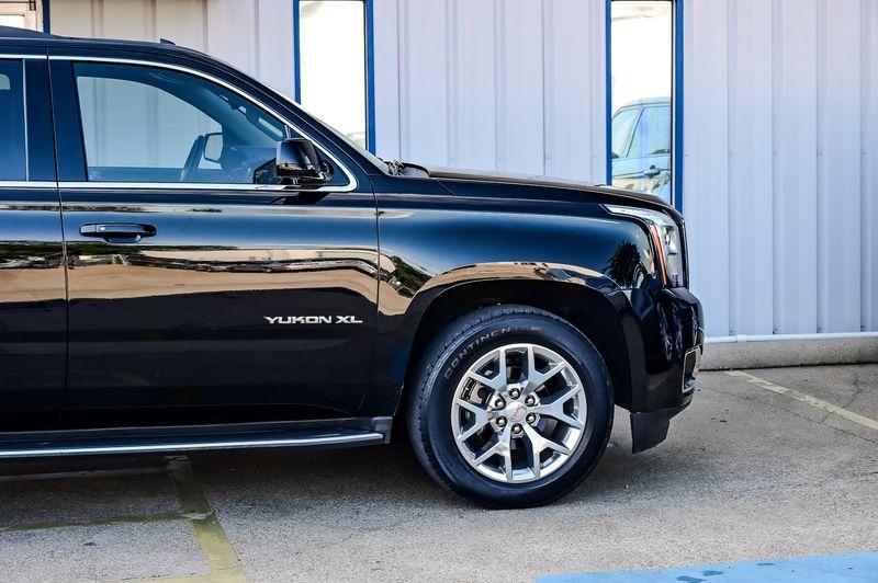 2016 GMC Yukon XL 5.3L V8 SLT Navigation DVD 3rd Row Seat 20'' Wheel in Rowlett, Texas