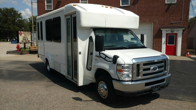 2016 Goshen Coach Wheelchair Accessible BUS 12 Passenger - 10&2 floor plan Alliance, Ohio 1