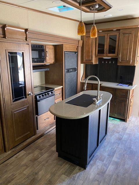 2016 Grand Design REFLECTION 323BHS in Mandan, North Dakota 58554