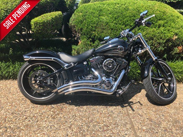 2016 Harley-Davidson Breakout Breakout®