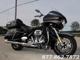 2016 Harley-Davidson CVO ROAD GLIDE ULTRA FLTRUSE CVO ROAD GLIDE ULTRA in Chicago, Illinois 60555