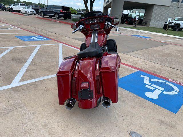 2016 Harley-Davidson CVO Street Glide in McKinney, TX 75070