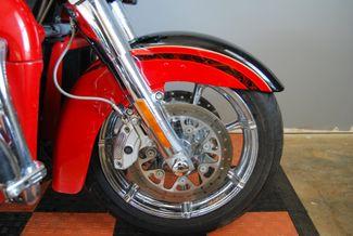2016 Harley-Davidson Electra Glide® CVO™ Limited Jackson, Georgia 3