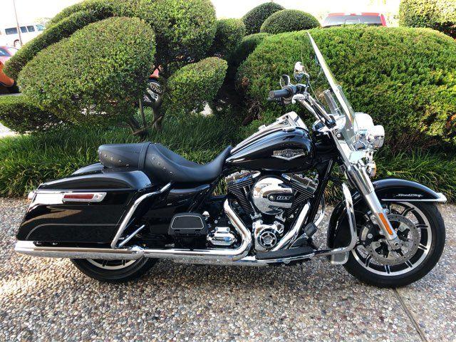 2016 Harley-Davidson FLHR Road King