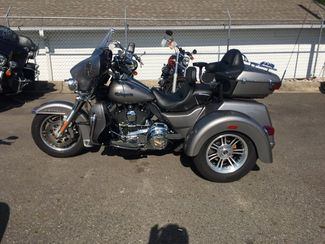 2016 Harley-Davidson FLHTCUTG Tri Glide Ultra   - John Gibson Auto Sales Hot Springs in Hot Springs Arkansas