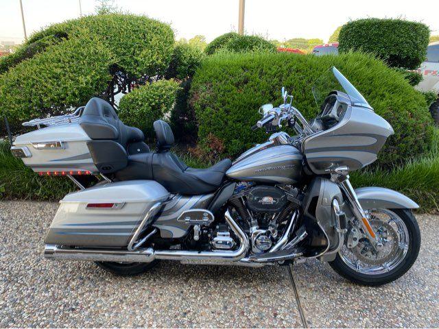 2016 Harley-Davidson FLTRUSE CVO Road Glide