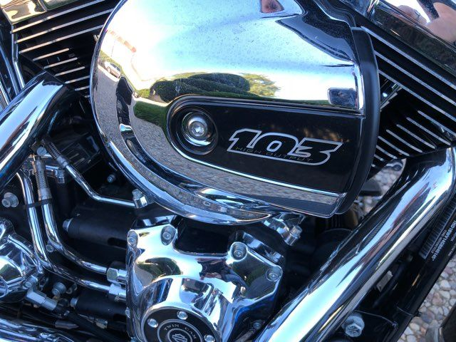 2016 Harley-Davidson Heritage Softail Classic *** ONLY 45 MILES *** in McKinney, TX 75070