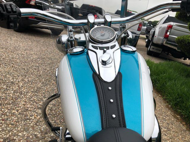 2016 Harley-Davidson Heritage Softail Classic *** ONLY 555 MILES **** in McKinney, TX 75070