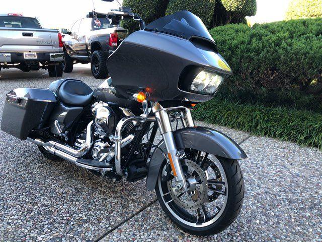 2016 Harley-Davidson Road Glide in McKinney, TX 75070