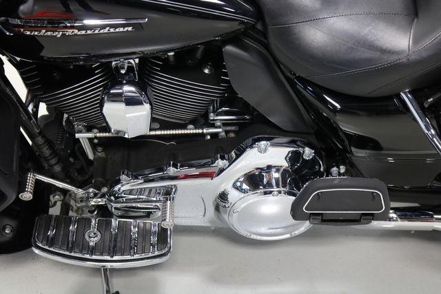 2016 Harley-Davidson Road Glide® Ultra Merrillville, Indiana 11