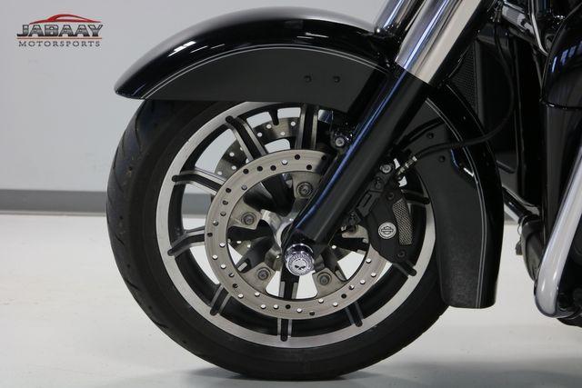 2016 Harley-Davidson Road Glide® Ultra Merrillville, Indiana 12