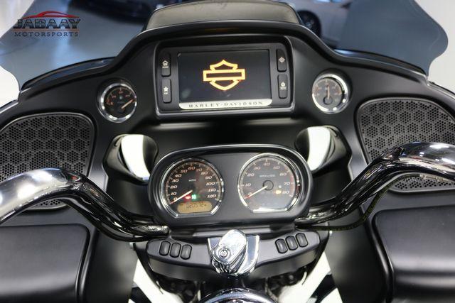 2016 Harley-Davidson Road Glide® Ultra Merrillville, Indiana 15