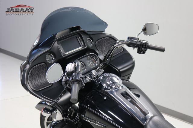 2016 Harley-Davidson Road Glide® Ultra Merrillville, Indiana 6