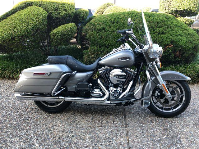 2016 Harley-Davidson Road King Base in McKinney, TX 75070