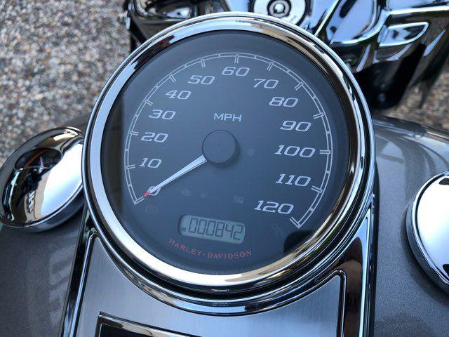 2016 Harley-Davidson Road King Base in McKinney, TX 75070