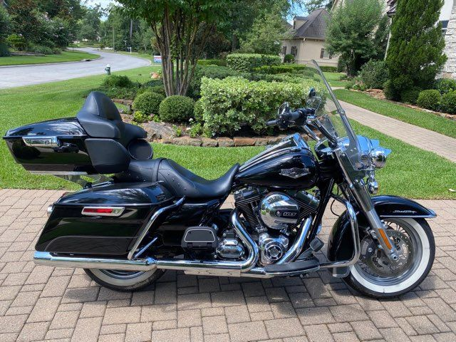 2016 Harley-Davidson Road King w/Tour Pack in McKinney, TX 75070