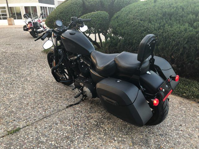 2016 Harley-Davidson XL883 Iron Iron 883™ in McKinney, TX 75070