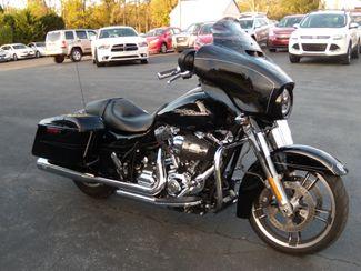 2016 Harley-Davidson Street Glide® Special in Ephrata, PA 17522