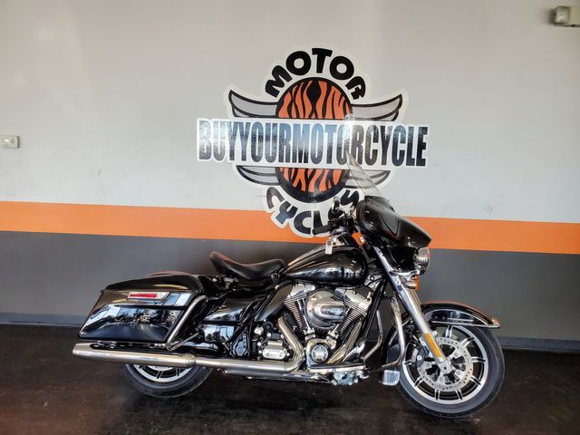 2016 Harley - Davidson Street Glide Police in Fort Worth , Texas 76111