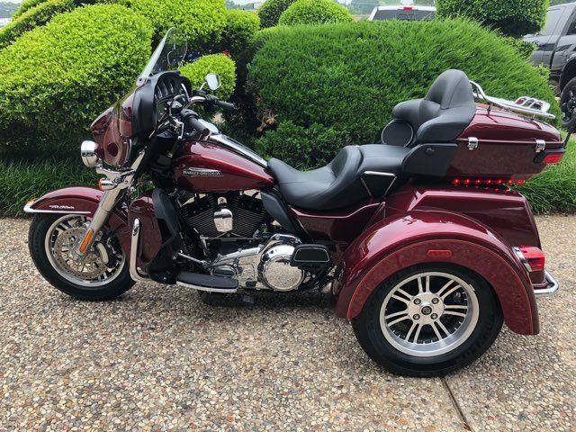 2016 Harley-Davidson Tri Glide Ultra Tri Glide® Ultra in McKinney, TX 75070