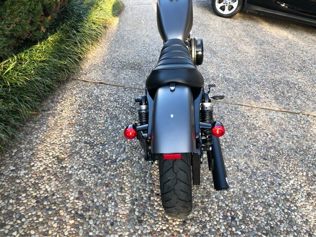2016 Harley-Davidson XL883 Iron ** Only 665 Miles** in McKinney, TX 75070